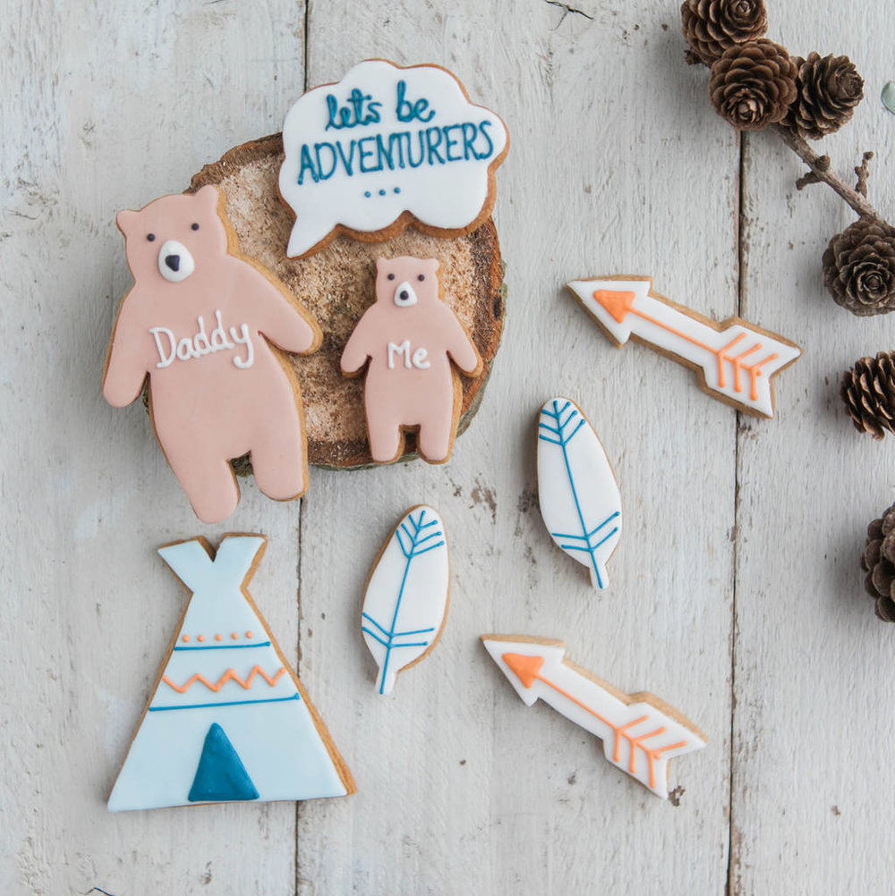 Adventurers biscuit set
