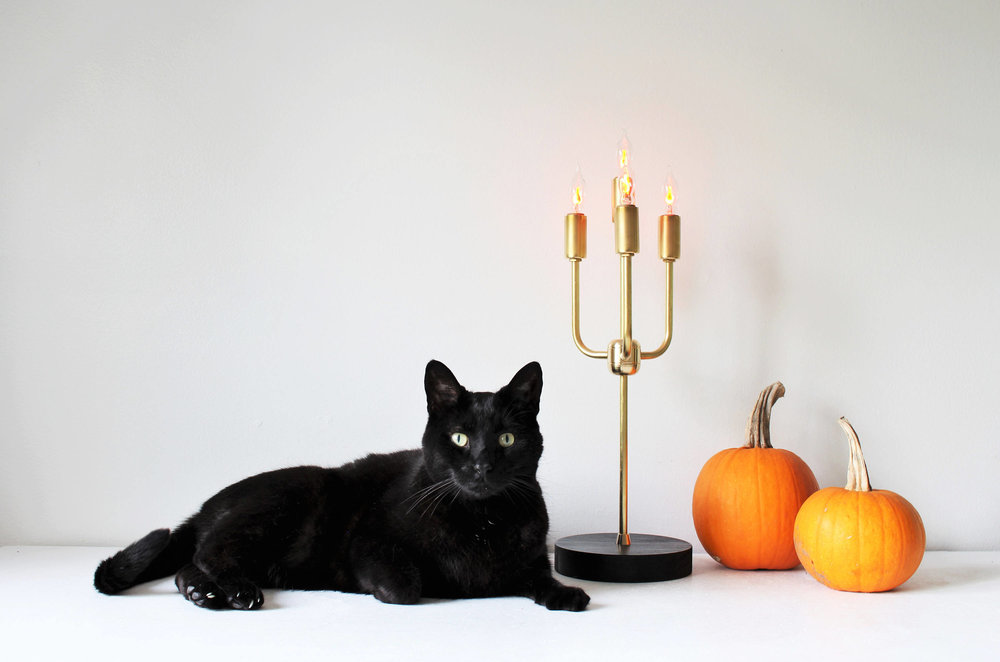 Candelabra table lamp & image by BootsNGus on Etsy.