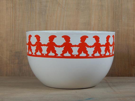 Vintage Tonttu bowl