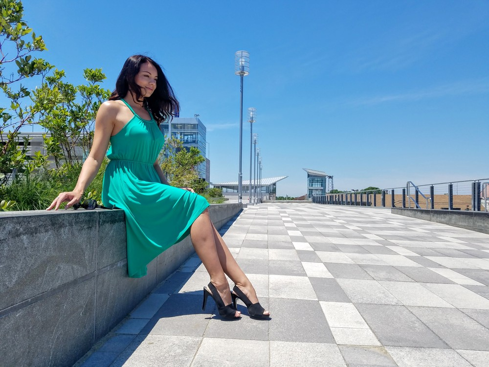 green dress, summer dress, flowy dress, black sandal heels, beautiful weather, style, fashion, summer