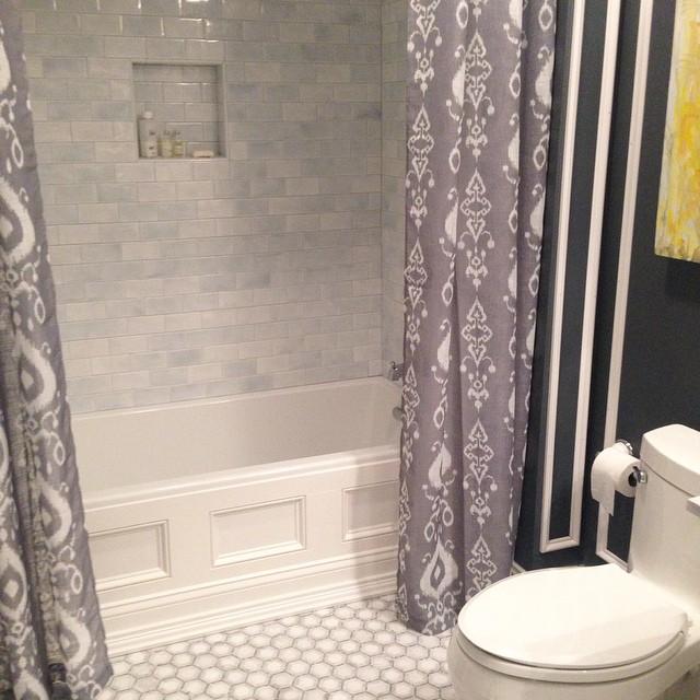 Another bathroom... -
