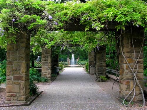 March & April — Fort Worth Botanic Garden