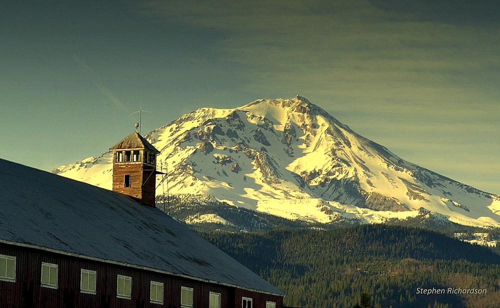 Wake up to a view of    MAJESTIC MT. SHASTA     See McCloud's Lodging Options