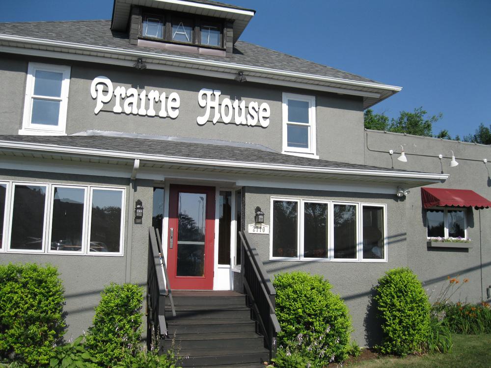 Prairie-House-Tavern-Buffalo-Grove.jpg
