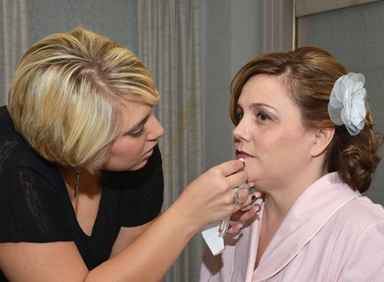 working_bridal_makeup_lg.jpg