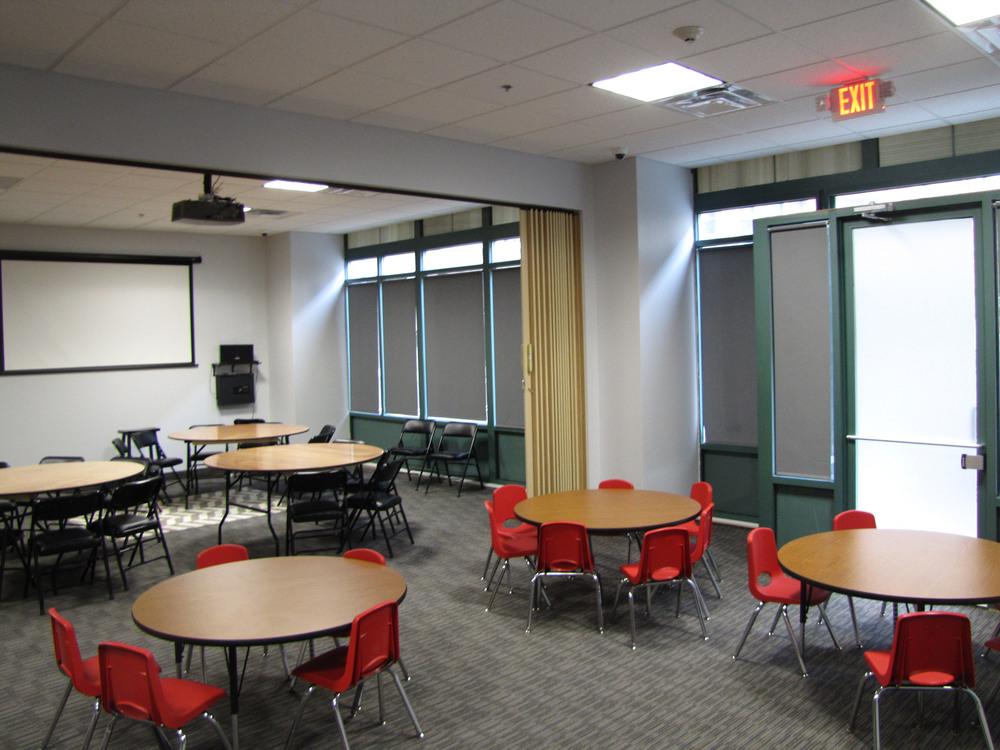 instructional room.jpg