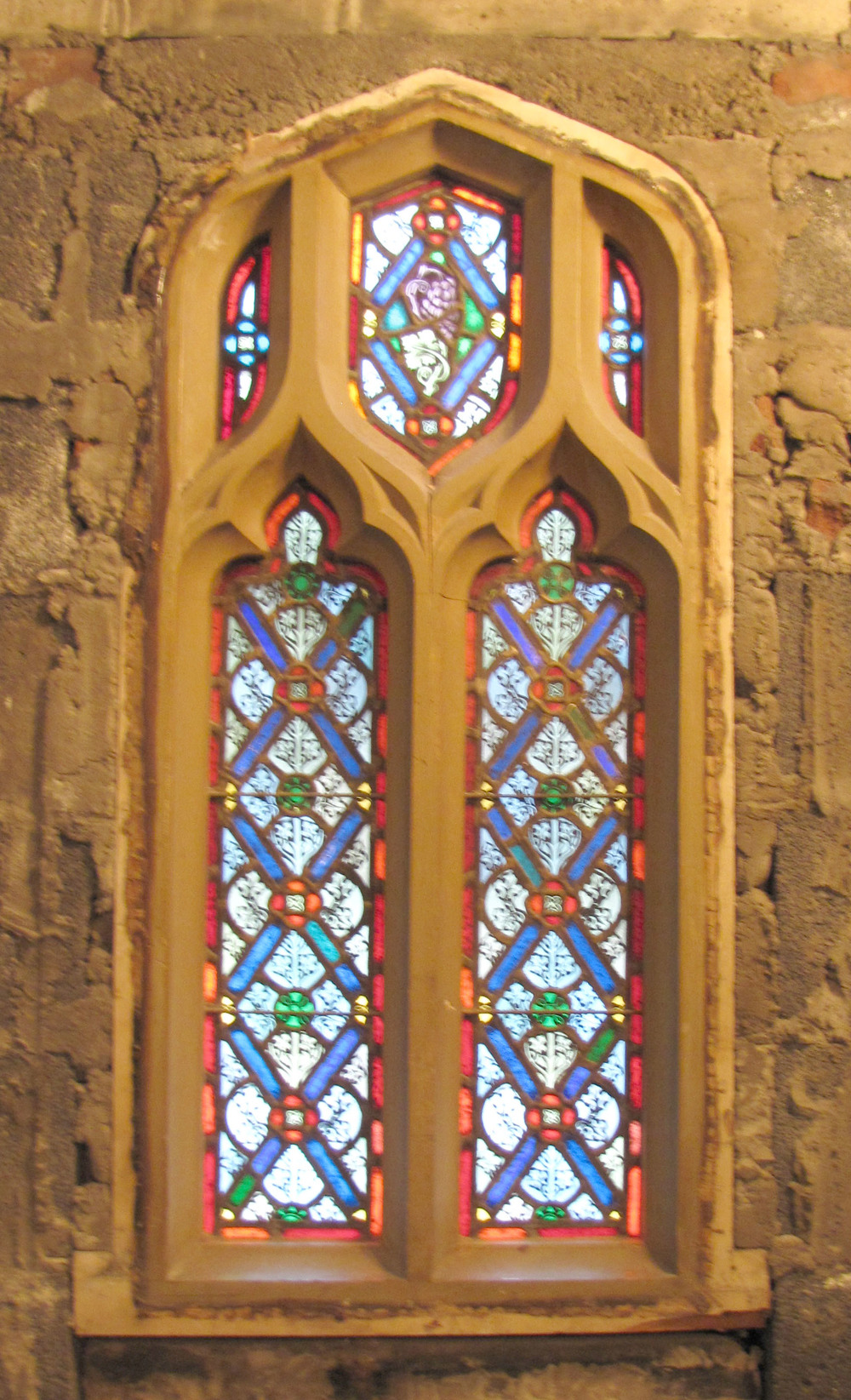 single stained glass.jpg