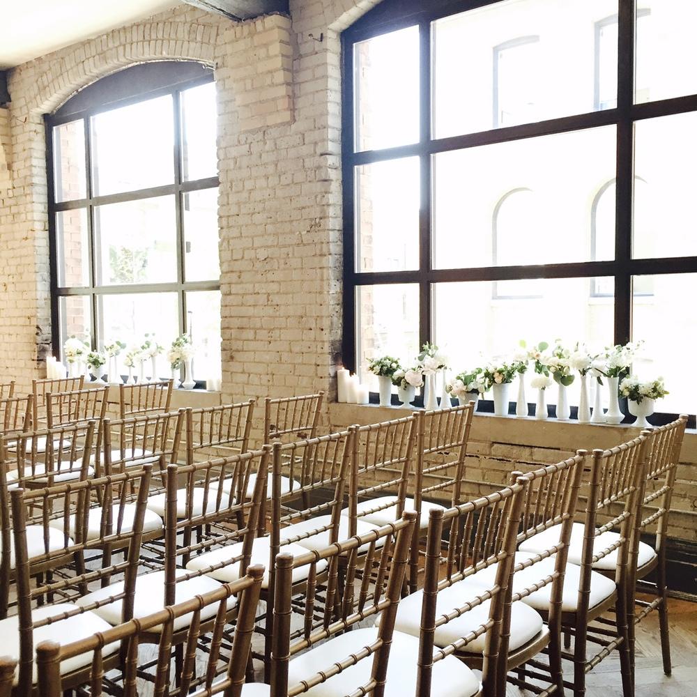 Big Love Wedding Design - Brcik and beam wedding, Blush & Gold chiavari chairs