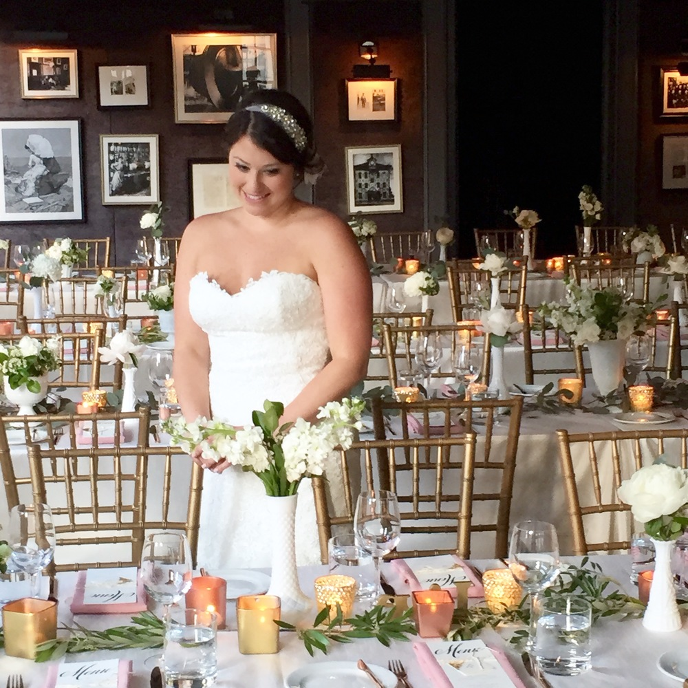 Big Love Wedding Design - Bride with blush and gold and rose gold wedding tablscpae