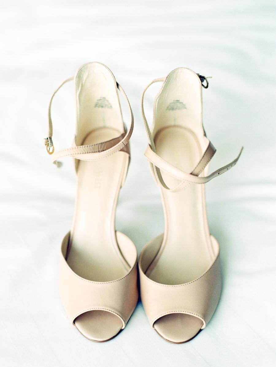 Big Love Wedding Design, Toronto Wedding, Boehmer, neutral wedding shoes