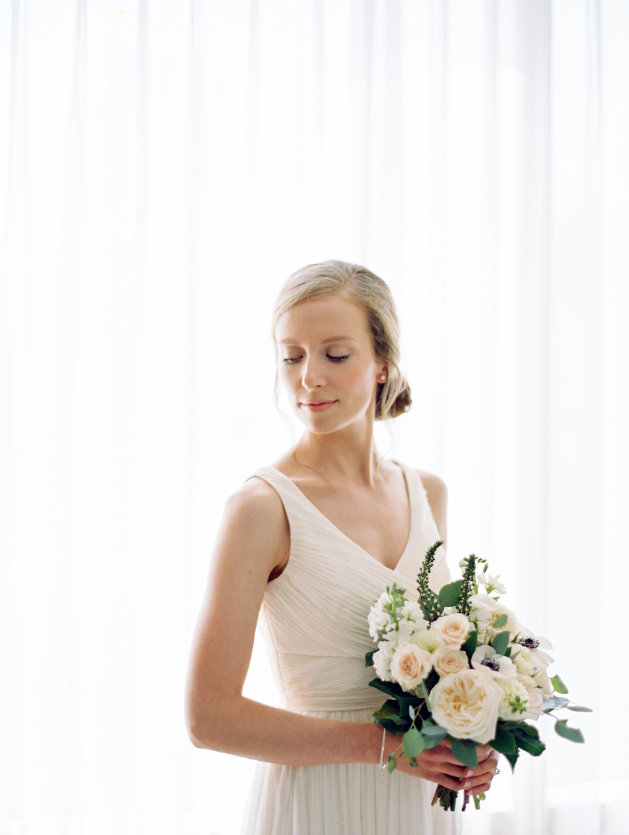 Big Love Wedding Design, Toronto Wedding, Boehmer, garden rose, anemone bouquet, JCrew wedding gown
