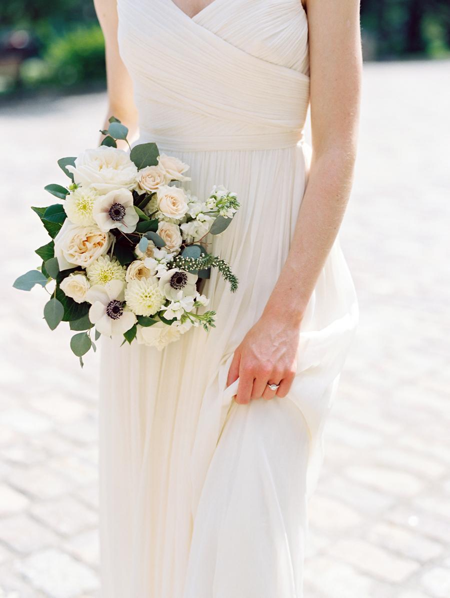 Big Love Wedding Design, Toronto Wedding, Boehmer, garden rose, anemone bouquet