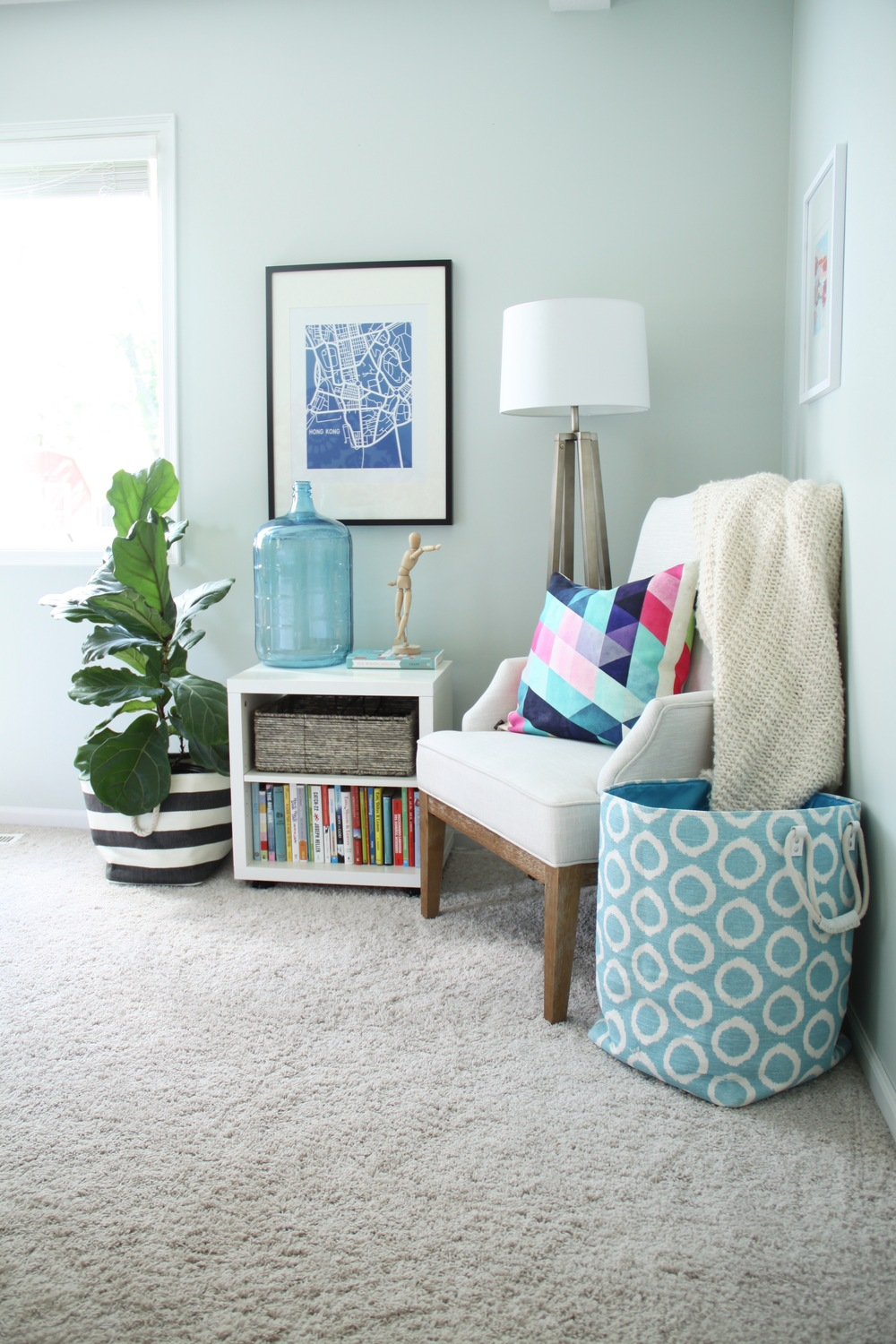 Master Bedroom Colorful Reading Corner with Fiddle Leaf Fig