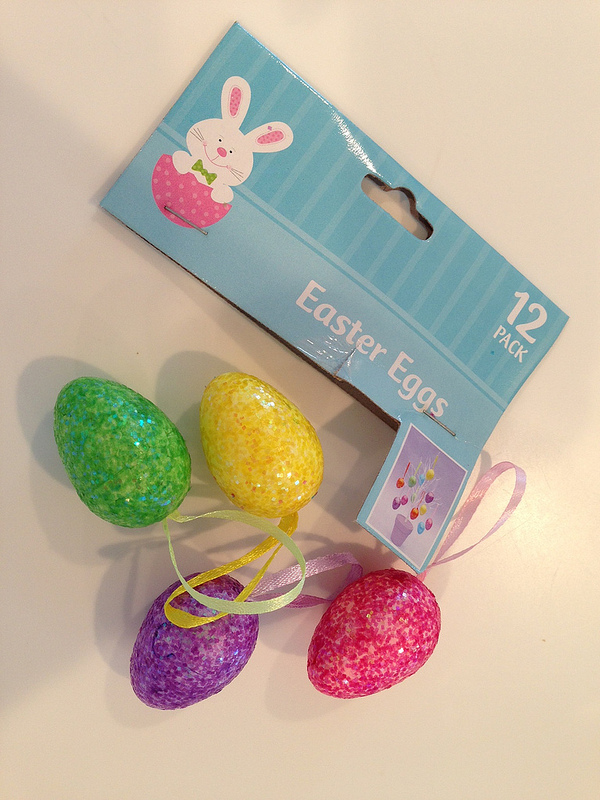 Sparkly Easter Eggs for DIY Easter Tree