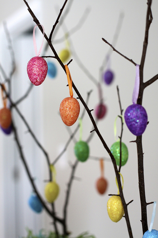 Sparkly Easter Eggs on DIY Easter Tree