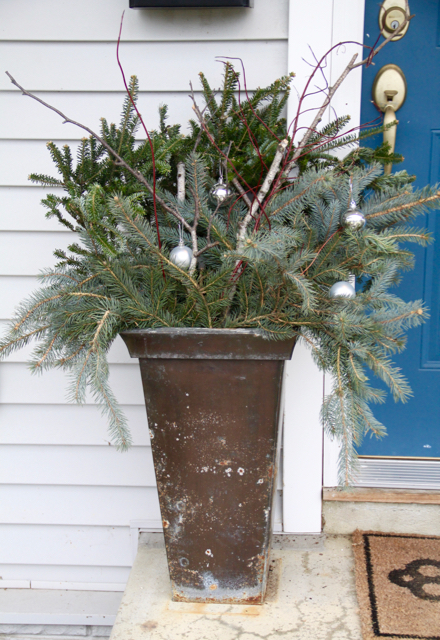 Easy DIY Outdoor Winter Planters