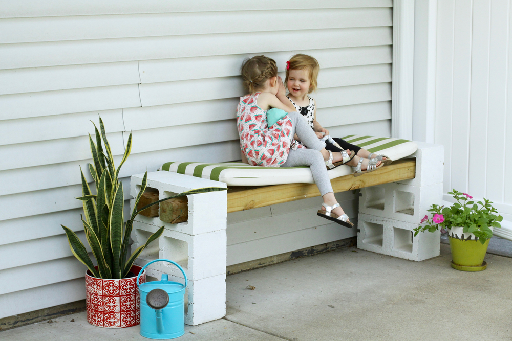 Easy DIY Outdoor Bench from Cinder Blocks