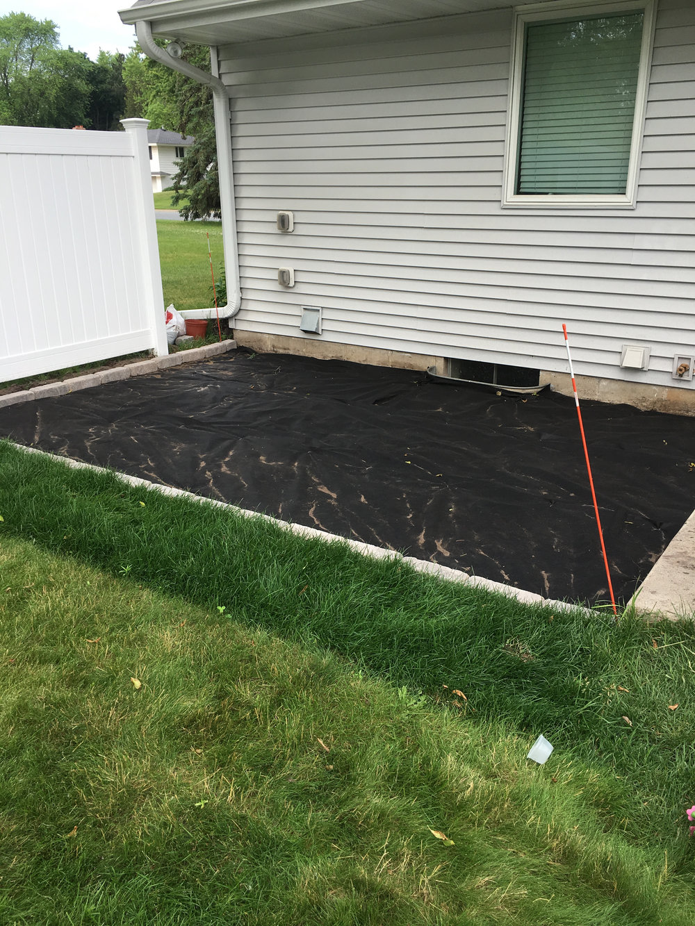 DIY Pea Gravel Patio Edging
