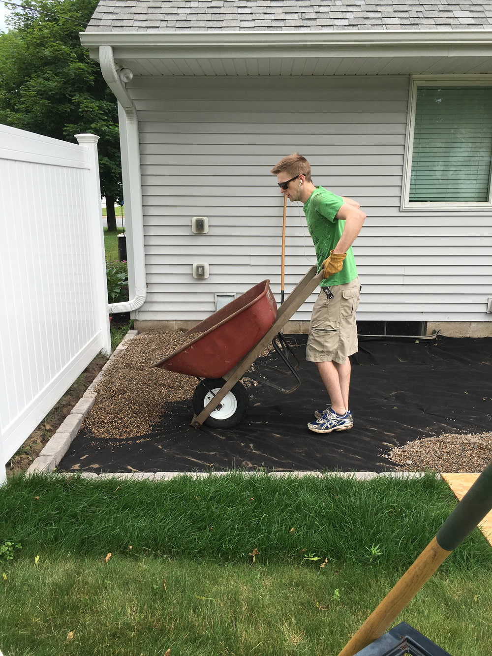 DIY Pea Gravel Patio Installation