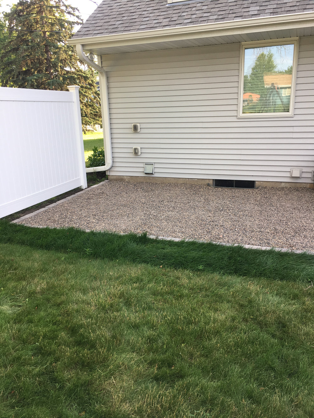 Completed DIY Pea Gravel Patio
