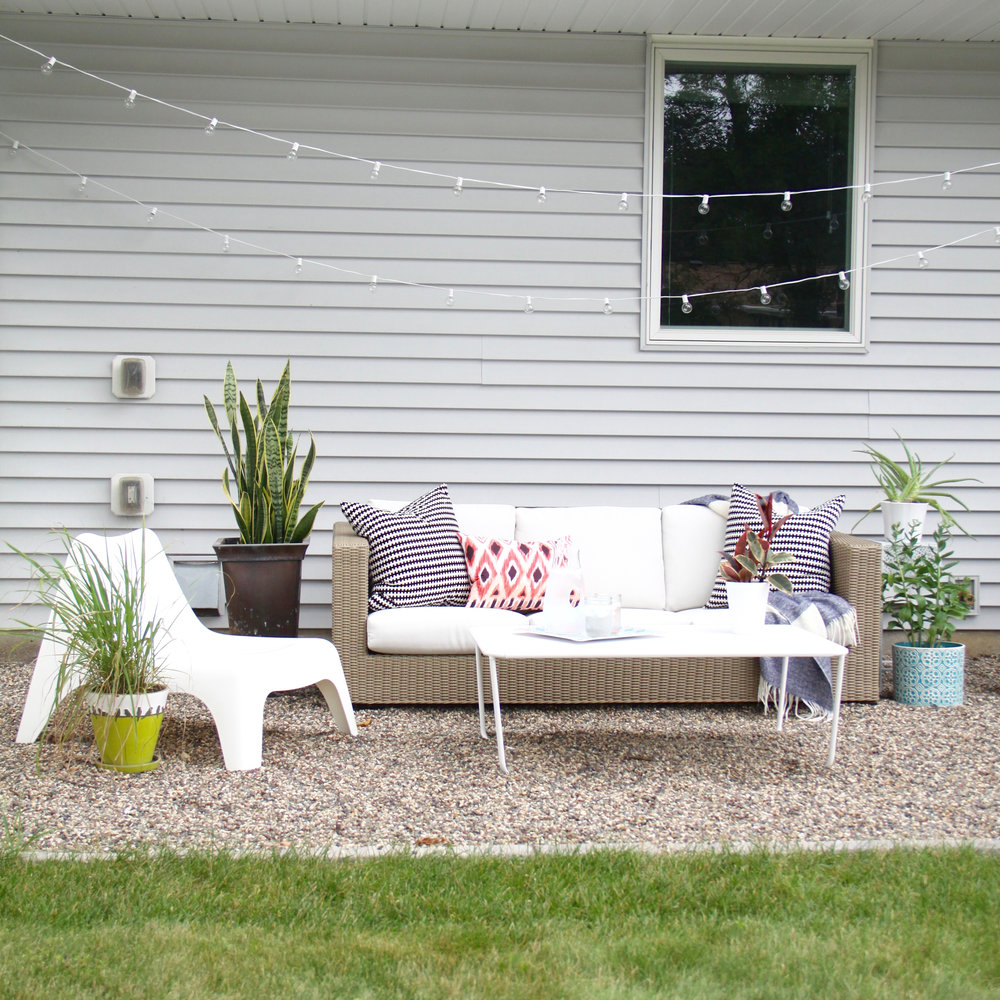 DIY Pea Gravel Patio with Outdoor Sofa & How to Make a DIY Pea Gravel Patio | Modern Chemistry at Home