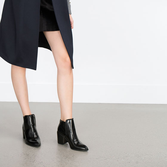 zara WIDE HEEL ANKLE BOOT .jpg