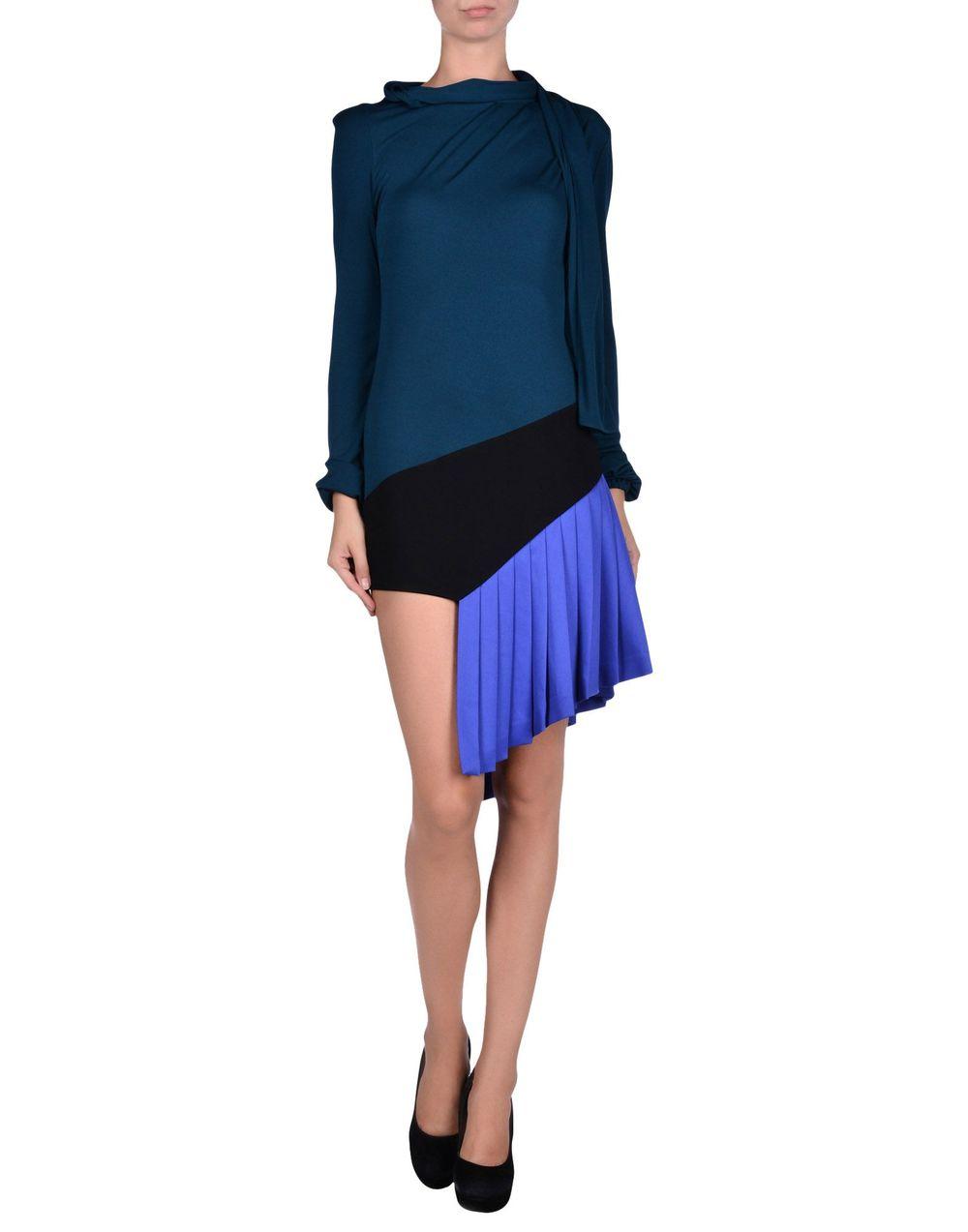 yoox.com:us:34556708AL:item#dept=women&sts=sr_women80&cod10=34556708AL&sizeId=.jpg