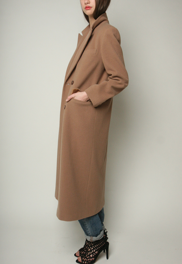 Shop Yo Vintage camel trench coat (M/L)