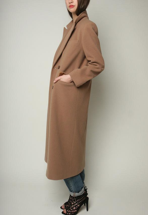 Shop Yo Vintage camel trench coat (M/L)