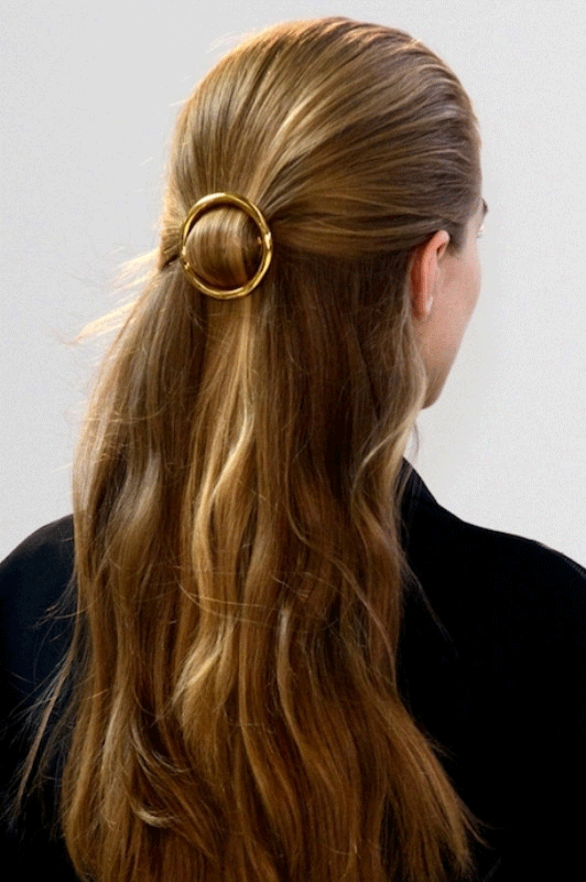 GENUINE PEOPLE Hair Clip