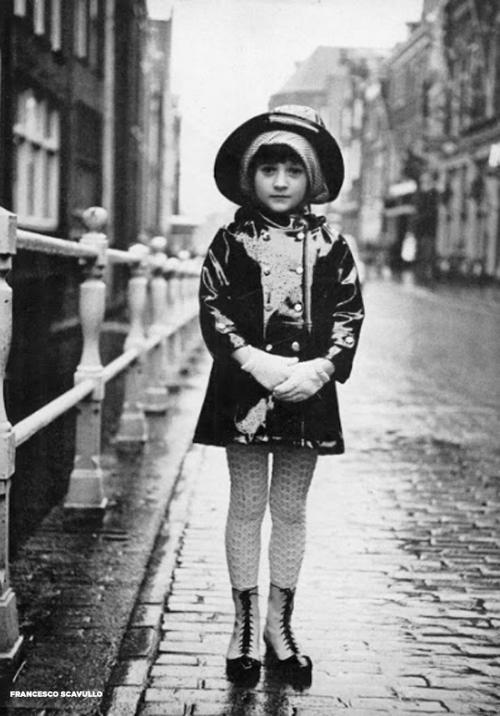 harpers-bazaar-august-1966-weather-winky-jacket-Francesco Scavullo.jpg