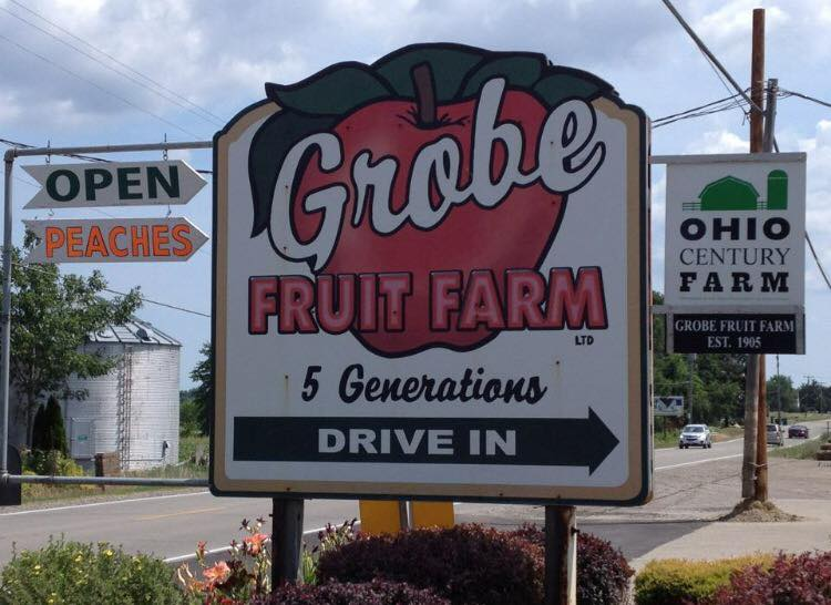 Grobe Fruit Farm - Elyria, OH - This family-run farm has an abundance of apples and also provides the Hub with delicious and fresh corn on the cob!