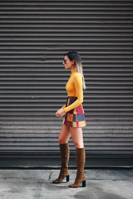fall-mini-skirt-street-style.jpg