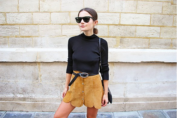 suede-scalopped-mini-skirt-turtleneck-belted-sunglasses-summer-suede-via-life-of-boheme.jpg