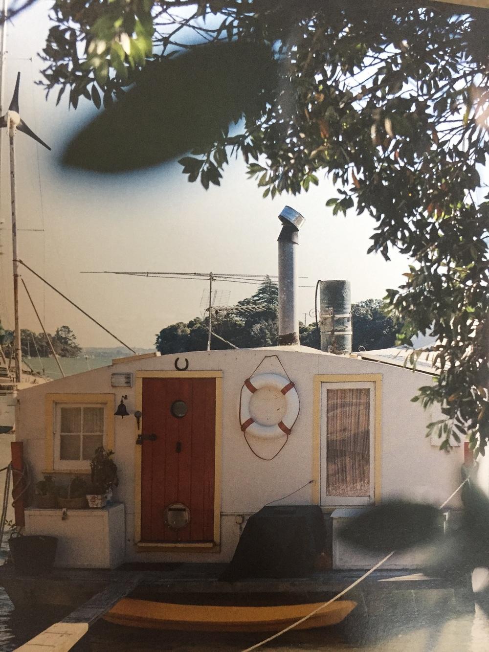 House boat Duncan Innes pg 79