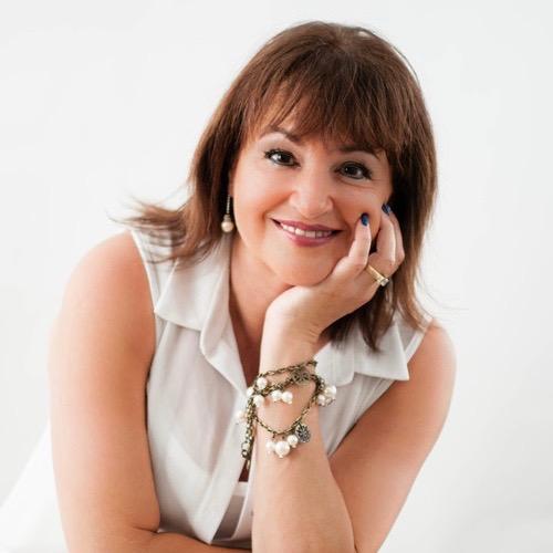 Tina Konkin (1).jpg