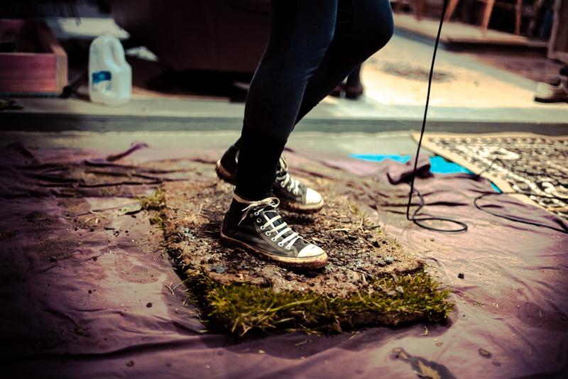 full_Walking_through_mud_and_dirt__Foley_can_be_a_dirty_business!_(Gareth_Van_Niekerk).jpg