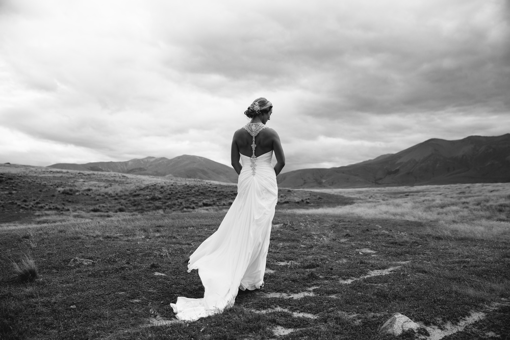 Astra bride Amelia | Photography Jim Pollard |