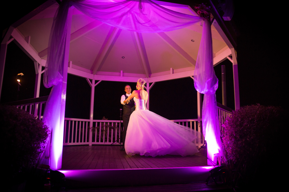 Romantic night lighting for the first dance | Pink weddng inspiration | Astra Bride Jo | Photography by Moments | www.borrowedandblue.kiwi