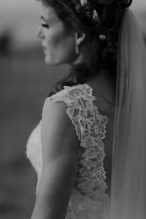 Stunning bride | Eco friendly wedding | Astra Bridal Featured Bride Wendy | Photography by Oli Sansom | www.borrowedandblue.kiwi