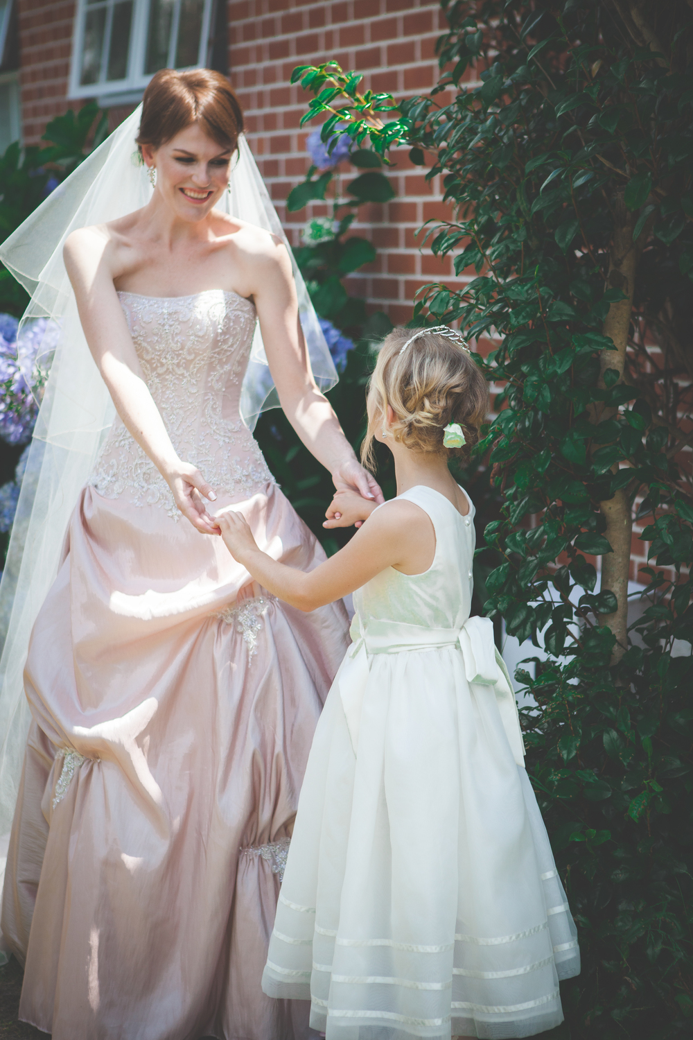 Pretty flowergirl | Astra Bridal Feature Bride Anita | Hobbiton Wedding | Photo credit Tinted Photography | www.borrowedandblue.kiwi