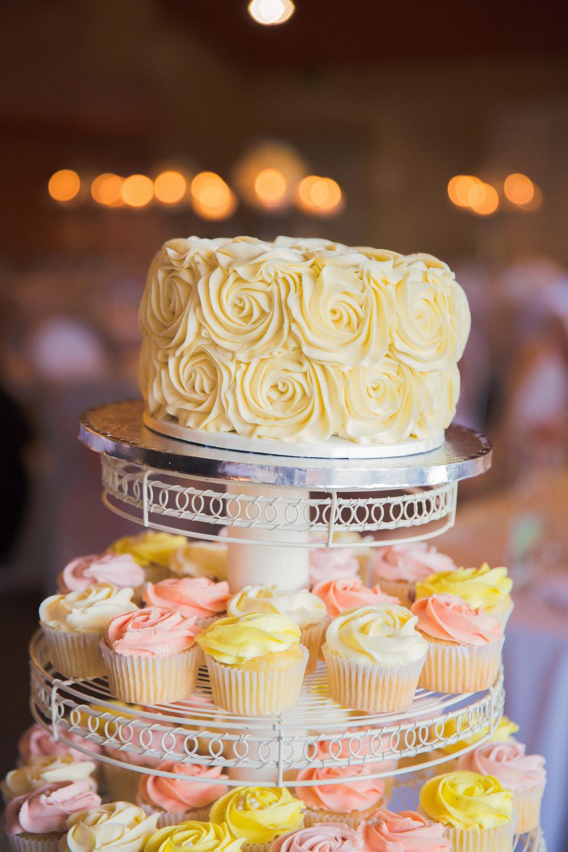 Wedding cake and cupcakes | Astra Bridal Featured Bride Courtney | Williams Photography | www.borrowedandblue.kiwi