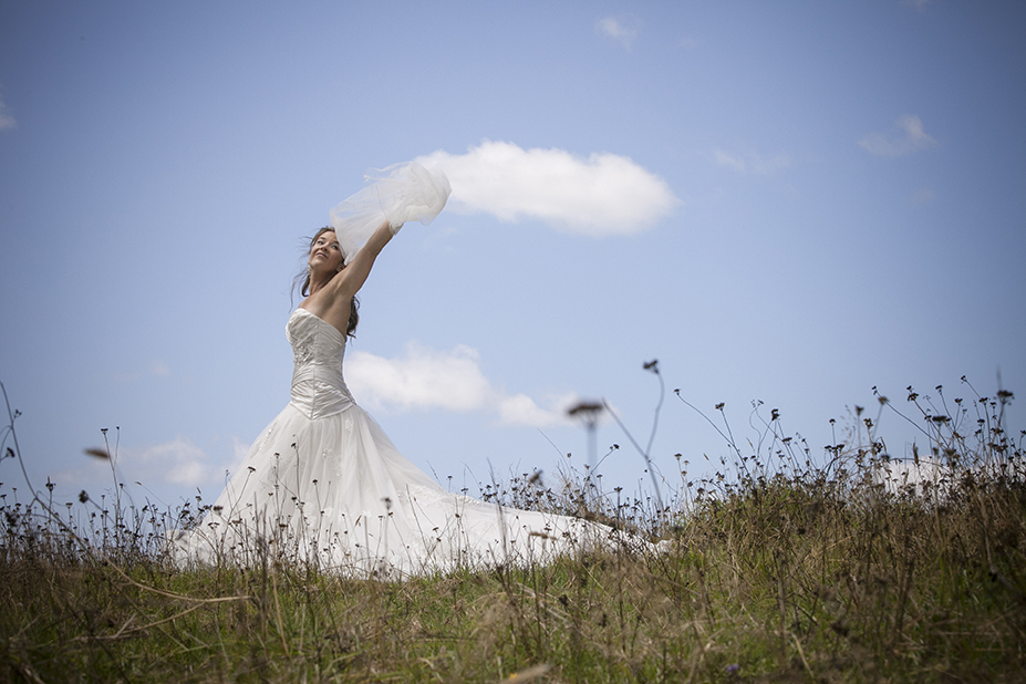 Featured bride Elizabeth | Photography by Chris Dillon | Gown Astra Bridal |