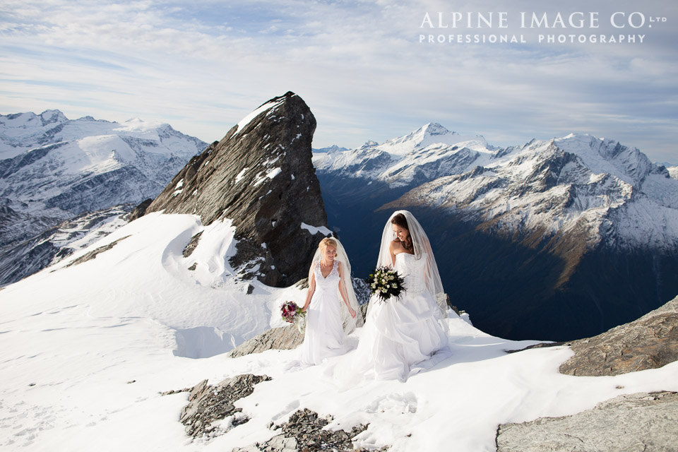 Wanaka Wedding Shoot | Photography by Alpine Image Co | gowns from Astra Bridal | www.borrowedandblue.kiwi