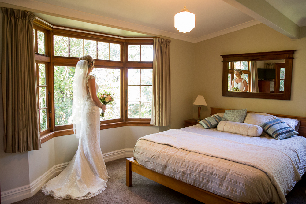 Astra Bride Taela | Mills Reef Winery wedding | Photography: Pure Images Photogaphy | Gown: Astra Bridal |