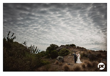 Dramatic wedding photography | Featured Bride Kate | Photography by Paul Tatterson | www.borrowedandblue.kiwi