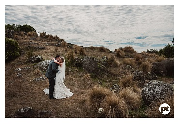 Elegant Wedding inspiration |Featured Bride Kate | Photography by Paul Tatterson | www.borrowedandblue.kiwi