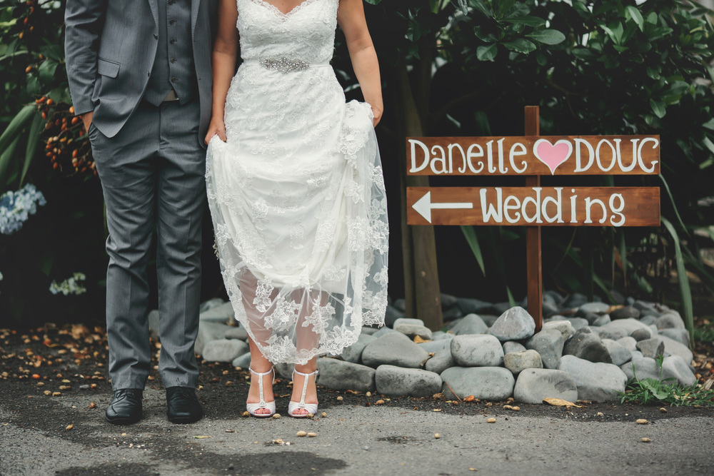 Featured Bride Danelle's Vintage wedding | Photography by Tammy Pittwood | www.borrowedandblue.kiwi