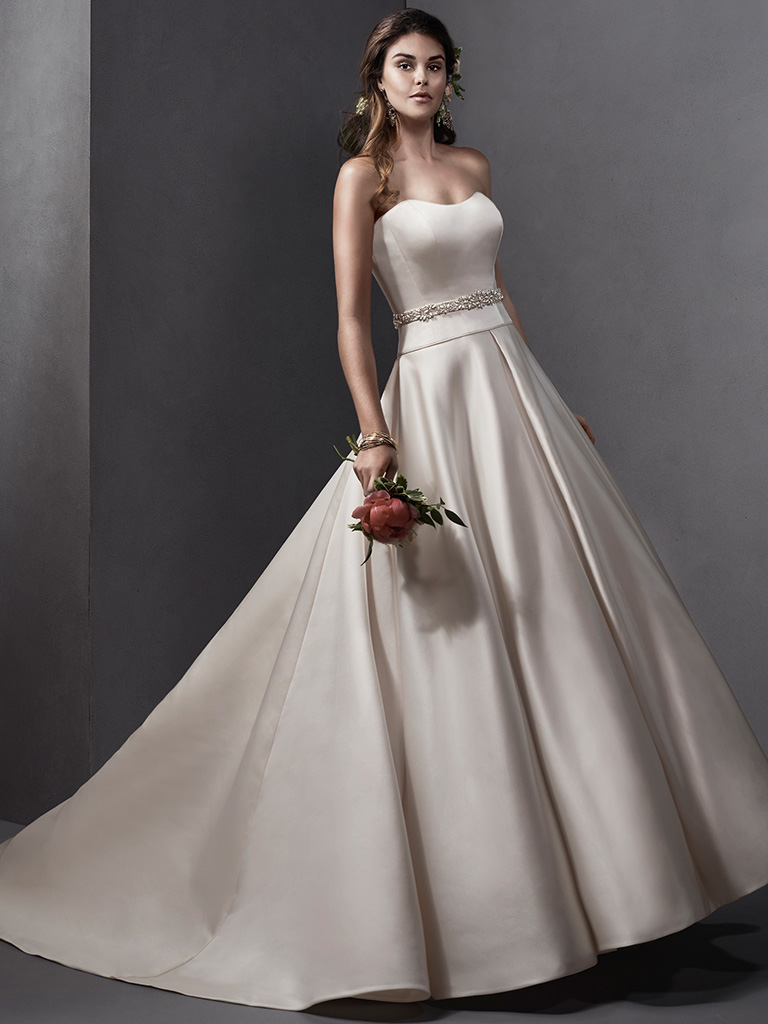 Are you an hourglass? Choosing your wedding gown for your body shape ...
