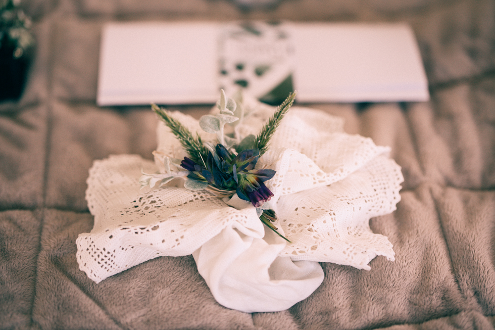 Table decor | Elegant wedding inspiration | Photograhy by Alice Doig | www.borrowedandblue.kiwi
